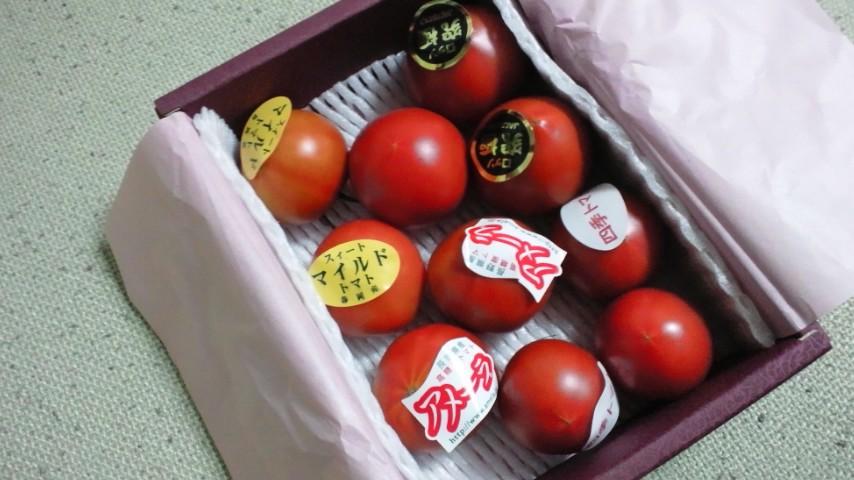 フルーツトマト。